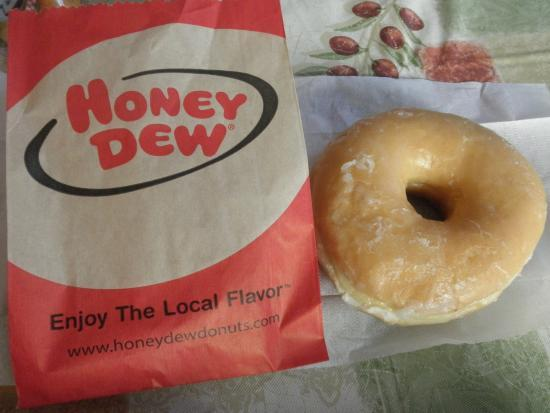 honey-dew-donuts-hyannis.jpg